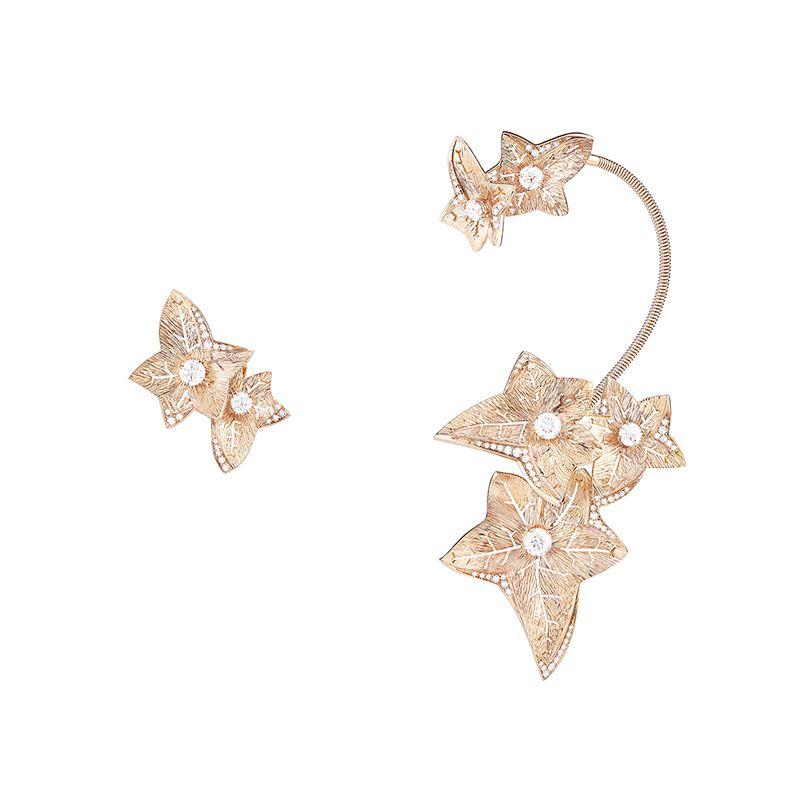 First product packshot Lierre de Paris pendant earrings