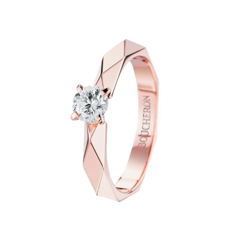 First product packshot Facette Engagement ring 0,20 carat