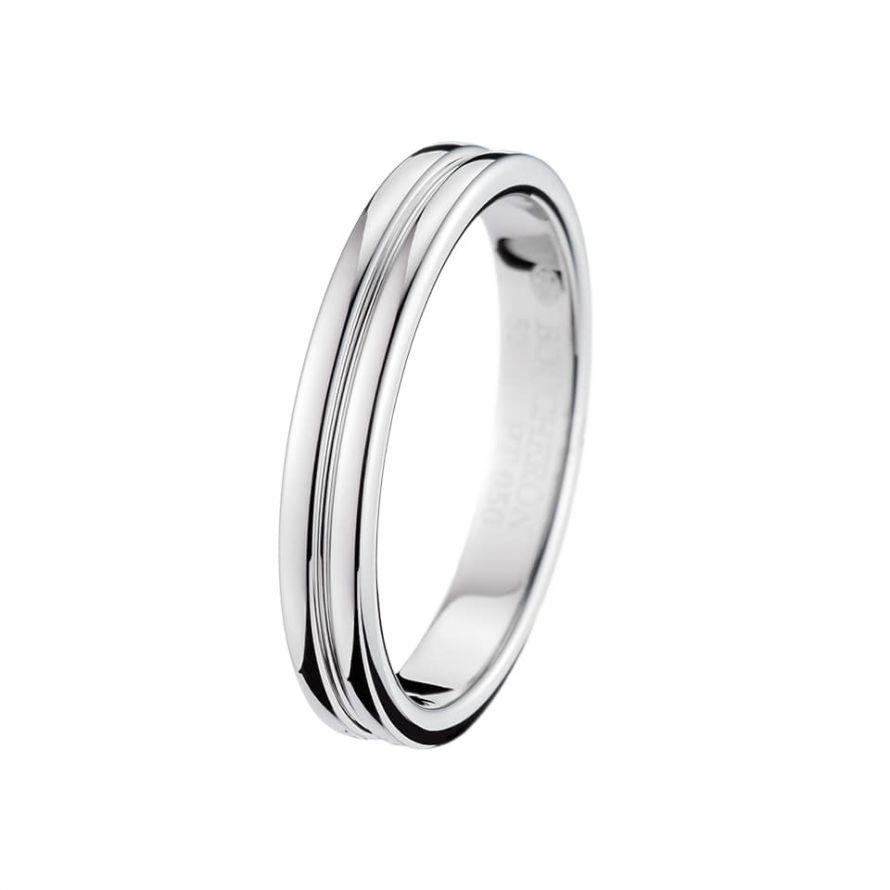 First product packshot Godron Platinum Small Wedding Band