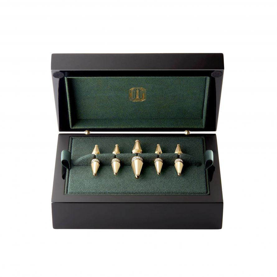 First product packshot Jack de boucheron box of 5 brooches