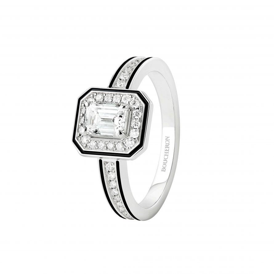 First product packshot Vendôme Liseré Engagement Ring