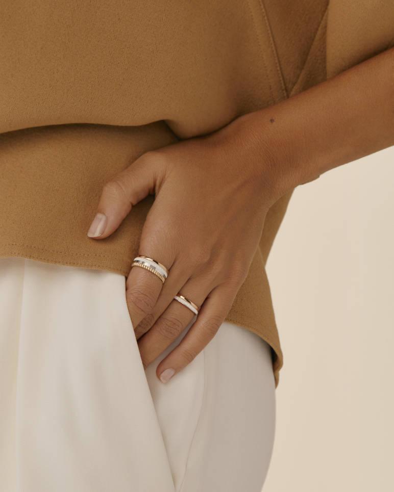 Quatre White Edition Small Ring
